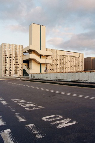Mainstream Modern :: An architectural guide to Manchester