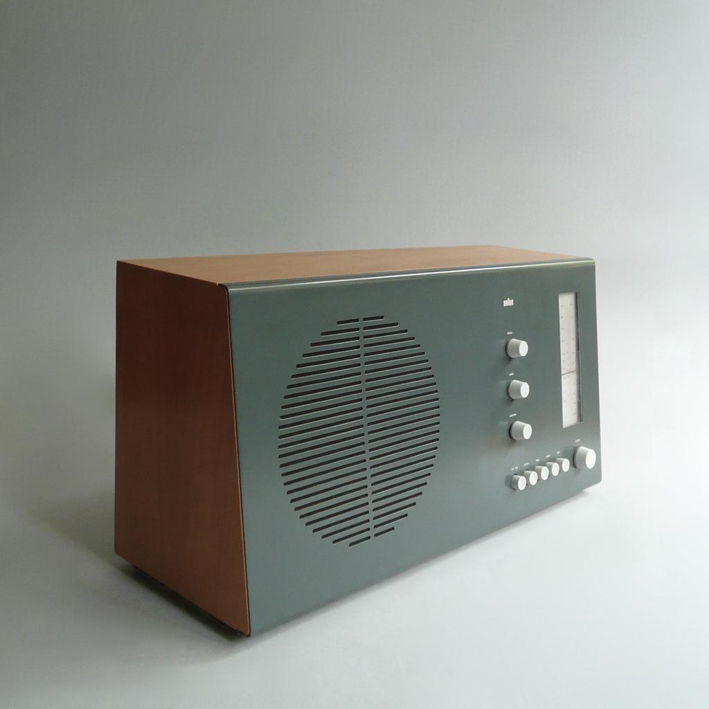 dieter rams theories of 39 good design 39. Black Bedroom Furniture Sets. Home Design Ideas