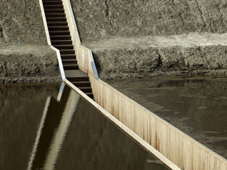 Ro & Ad :: Moses Bridge