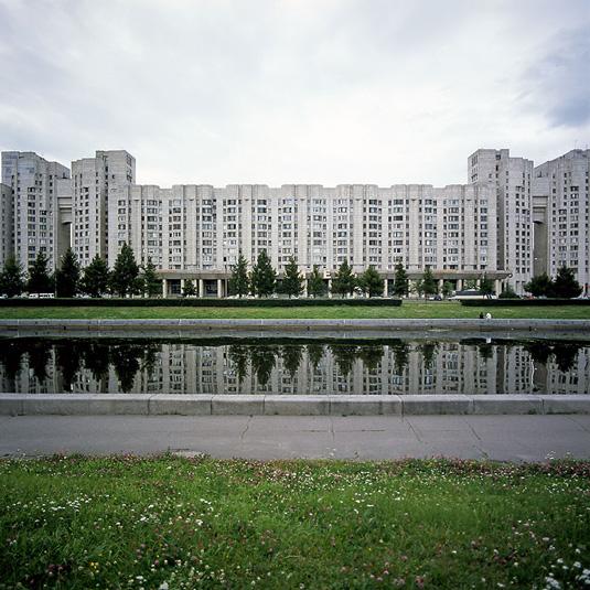 Vasilyevsky-island-housing-estates,-Saint-Petersburg,-Russia,-2007