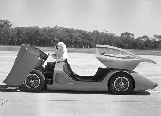 Holden-Hurricane_Concept_1969_1a