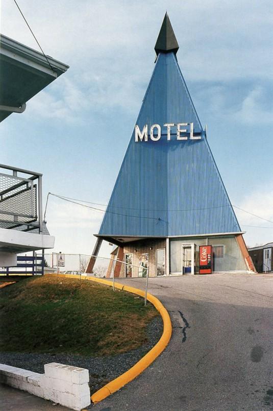 type_novel_motel